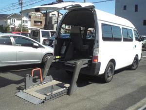 日産 キャラバンマイクロバス  4ドア2.4マイクロバス スーパーロング HR  10人乗り 車いす移動車
