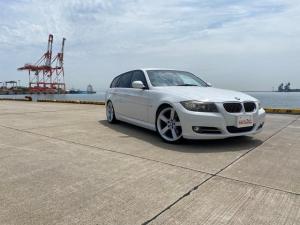 BMW 3シリーズ 320iツーリング 社外カスタム 純正ナビ ETC
