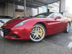 フェラーリ カリフォルニアT 正規D車 スペシャルカラー 新車取説 保証書 スペアキー有り