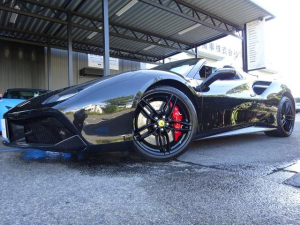 フェラーリ 488スパイダー ベースグレード D車 左H 屋内保管 フロントリフティング LEDカーボンH