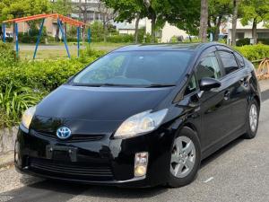 トヨタ プリウス S ユーザー買取車 ローダウン HDDナビゲーション キーレス スタッドレスタイヤアルミ付4本付き シートカバー タイヤ溝あり