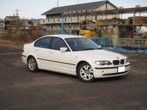 BMW 3シリーズ 318i キセノン ETC 走行5.8万km