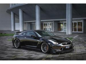 日産 GT-R ブラックエディション KRUISEフルエアロ BLITZ新品車高調 4本出しマフラー 20インチアルミホイール メモリーナビ バックカメラ ETC