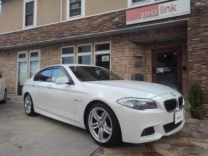 BMW 5シリーズ 528i Mスポーツパッケージ 黒革スポーツS M19AW 直6NAエンジン クルーズC HDDナビ&Bluetooth 地デジ&後席パーソナルモニター キセノン コンフォートアクセス ブラックグリル Rrブラインド 禁煙