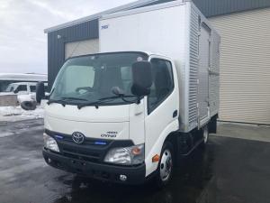 トヨタ ダイナトラック 1.9t積 ショート箱車 4WD