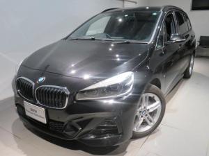 BMW 2シリーズ 218d xDriveグランツアラー Mスポーツ 認定中古車 2年保証 Mスポーツ コンフォートパッケージ 7人乗り三列シート クリーンディーゼル xDrive セーフティパッケージ シートヒーター 純正アロイ夏タイヤセット有