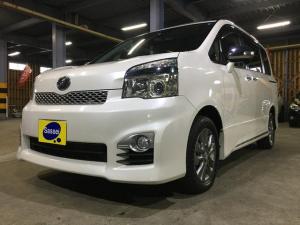 トヨタ ヴォクシー ZS 煌Z 寒冷地仕様車 BT対応地デジナビ 両側パワースライド ハーフレザー