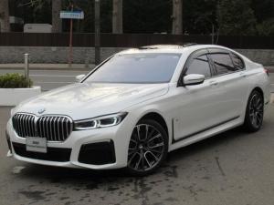 BMW 7シリーズ 740d xDrive Mスポーツ 冬タイヤホイール付き サンルーフ ハーマンカードンサラウンドサウンドシステム メモリー機能付き電動フロントシート フロントリヤシートヒーティング リヤビューカメラ パークディスタンスコントロール