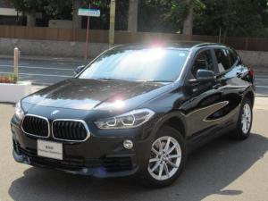 BMW X2 xDrive 20i フロントシートヒーティング オートマティックトランクリッドオペレーション リヤビューカメラ予想進路表示機能付 パークディスタンスコントロール アクティブクルーズコントロールストップゴーファンクション