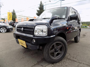 スズキ ジムニー ランドベンチャー・4WD・ターボ・5速MT