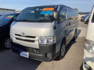 トヨタ ハイエースバン  4WD スライドドア AC オーディオ付