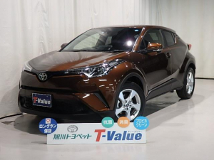 トヨタ C-HR S-T 4WD TV
