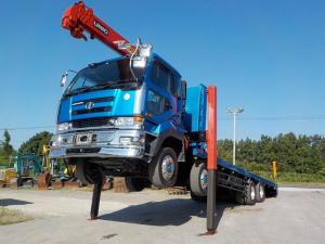 日産ディーゼル クオン  大型セルフ 4段クレーン ラジコン ウインチ付 2デフ 最大積載10600kg