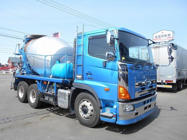 お問合せ番号B03967 ミキサー(極東 EA44-32A(カヤバOEM))ドラム容量8.7立米