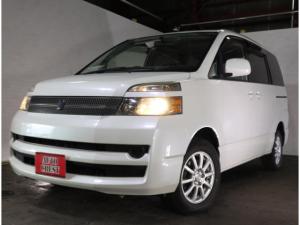 トヨタ ヴォクシー X 4WD CVT・ABS・ナビ・切替式4WD・3.5万k