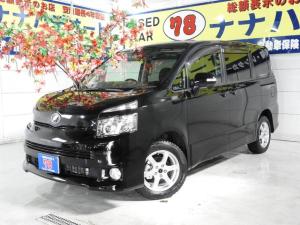 トヨタ ヴォクシー Z 寒冷地仕様 4WD 4年保証