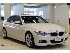 BMW 3シリーズ 320dMスポーツワンオーナー黒革SR純正ナビBカメラ