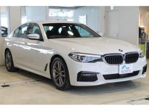 BMW 5シリーズ 523d xDrive Mスピリット 地デジBカメラACC純正18AWミラーETCフォグ