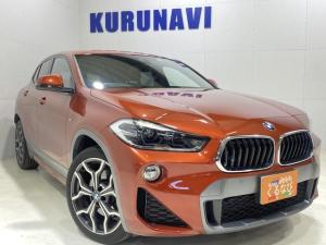 BMW X2 xDrive 20i MスポーツX 禁煙車 4WD HDDナビ Bluetooth バックカメラ 全方位センサー インテリジェントセーフティー シートヒーター クルーズコントロール ETC 純正19インチアルミホイール 電動リアゲート