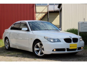 BMW 5シリーズ 525i ナビ AW オーディオ付 クルコン AC AT