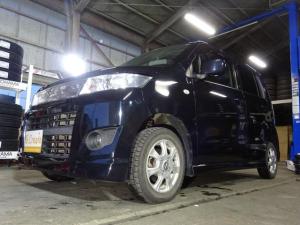 スズキ ワゴンRスティングレー X 4WD スマートキー プッシュスタート シートヒーター エンスタ ベンチシート HID 1オーナー ドアバイザー フォグランプ