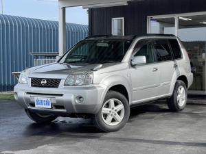 日産 エクストレイル X 4WD カロッツェリアHDDナビ 純正アルミホイール CD・DVD・データ再生 ドアバイザ 純正キーレス