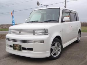 トヨタ bB Z クリスタルホワイトエディション 4WD