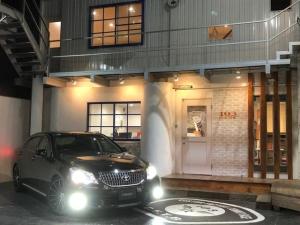 トヨタ クラウンマジェスタ i-Four/サスコン/20インチ/黒革シート/フォグLED