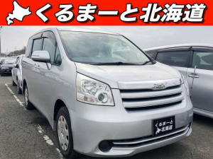 iトヨタ ノア X 4WD 禁煙車 寒冷地仕様 1年保証