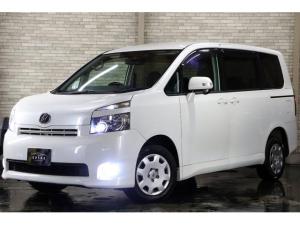 トヨタ ヴォクシー X Lエディション 4WD 電動ドア 新4灯HID 夏冬T