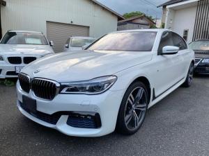 BMW 7シリーズ 750i Mスポーツ ワンオーナー 禁煙車 6ヶ月保証除菌済