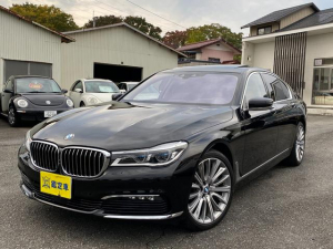 BMW 7シリーズ 750i 左ハンドル サンルーフ 黒革シート コンフォート 360度カメラ ナビ TV DVD BT20インチアルミ オートトランク アクティブクルーズコントロール 6ヶ月保証付き