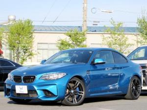 BMW M2 ベースグレード 禁煙 サンルーフ ハーマンカードン インテリジェントセーフティ レーンディパーチャーウォーニング コンフォートアクセス 純正ナビ Bカメラ クルコン シートヒーター クリアランスソナー 純正19AW