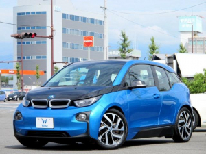 BMW i3 スイート ACC 禁煙 純正ナビ ドライビングアシストPKG パーキングサポートPKG HarmanKardon インテリジェントセーフティ BT ブラウンレザー シートヒーター LEDヘッドライト ETC