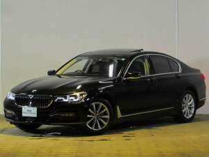 BMW 7シリーズ 740i 認定中古車 サンルーフ ワンオーナー 禁煙車