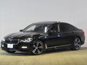 BMW 7シリーズ 750Li Mスポーツ 認定中古車 ワンオーナー 禁煙車 パノラマガラスサンルーフ ヘッドアップディスプレイ BMWレーザーライト ブラックレザー シートヒーター シートエアコン パワーシート 電動リアゲート