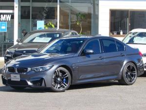 BMW M3 M3 認定中古車 弊社下取り 禁煙車 ワンオーナー ヘッドアップディスプレイ ハーマンカードン アダプティブLEDヘッドライト 純正HDDナビ 赤レザー シートヒーター インテリジェントセーフティ ETC