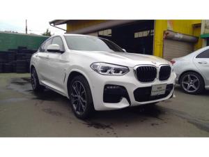 BMW X4 xDrive 20d Mスポーツ ワンオーナー!純正ナビ 360°カメラ レザーシート ヘッドアップディスプレイ インテリジェントセーフティー 純正20インチアルミ パーキングアシスト オートトランク