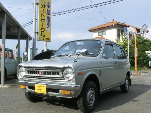 便利な4ドア 内外装、機関良好!元気に走る楽しい車です。タコメーター付き