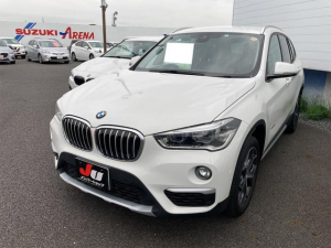 BMW X1 sDrive 18i xライン ナビ バックカメラ AW オーディオ付 5名乗り スマートキー パワーシート ホワイト CVT AC