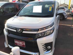 トヨタ ヴォクシー ZS 両自ドア バックモニタ Aストップ スマ-トキ-
