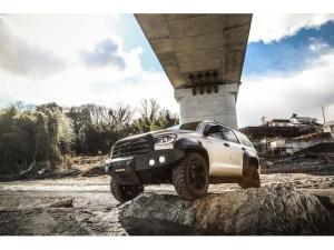 米国トヨタ セコイア リミテッド 新車並行 東京オートサロン出展車両