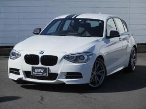 BMW 1シリーズ M135i 純正ナビ ETC バックカメラ パドルシフトブラックレザーシート シートヒーター パワーシート キセノンヘッドライト 純正18インチAW コンフォートアクセス ブラックラインテール ブラックグリル