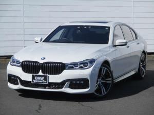 BMW 7シリーズ 740i Mスポーツ ワンオーナー 禁煙車 純正ナビ トップビューバックサイドカメラ ブラックレザーシートシートヒーター ベンチレーションシート ハーマンカードン BMWレーザーライト ソフトクローズドア 純正20AW