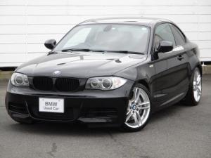 BMW 1シリーズ 135i 純正ナビ レッドレザーシート シートヒーター パドルシフト 禁煙車 Musicコレクション キセノンヘッドライト ETC AUX 純正18インチAW