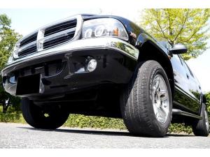 ダッジ・デュランゴ SLT 4WD 新車並行車 カーFAX オートチェック確認済