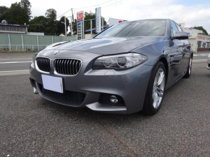 BMW 5シリーズ 523d Mスポーツ 純正ナビ TV バックカメラ ETC HID ナビ 禁煙車 ディーゼルターボ Bluetooth接続 スマートキー 記録簿付き オートライト パワーシート 純正アルミ