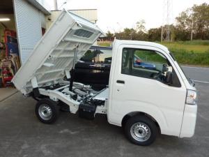 ダイハツ ハイゼットトラック ローダンプ オートライト 大型作業灯ACPS 4WD 5F デフロック 4枚リーフ