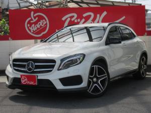メルセデス・ベンツ GLAクラス GLA180 スポーツホワイト&ブラックエディション