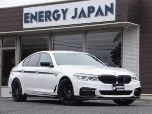 BMW 5シリーズ 530i Mスポーツ Mエアロ/MOPコンフォートPKG/マッサージ付エアシート/フル電動シート/ソフトクローズドア/ハイラインPKG/アドバンスPKG/パーキングアシストプラス/ハンズフリーパワートランク/法人1オーナー